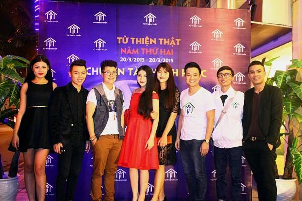 Dinh Manh Ninh Lynk Lee Duong Truong Giang  Kenbi Khanh Pham va dan chan dai